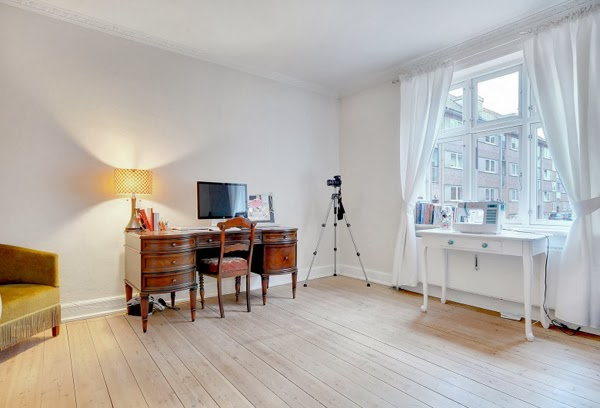 Home Tour: The Studio & Hallway